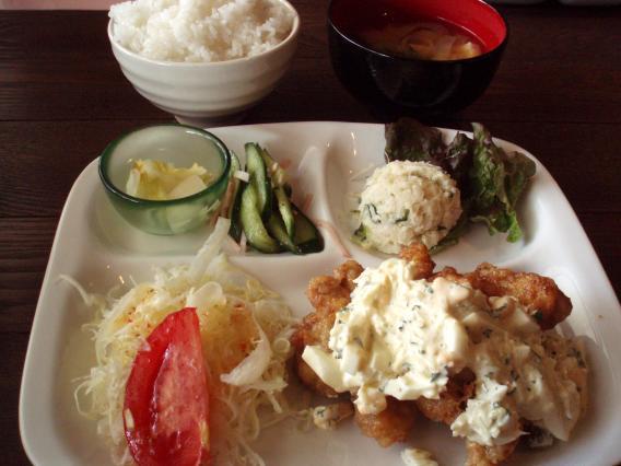 猫舌亭2・ランチ鶏のから揚げ