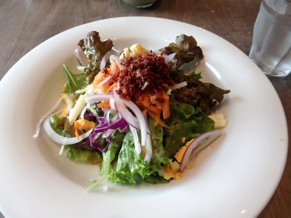 新西蘭アロッサランチのサラダ