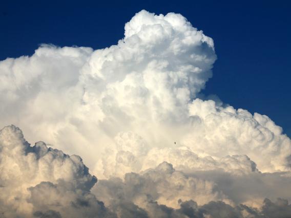 cloud0002